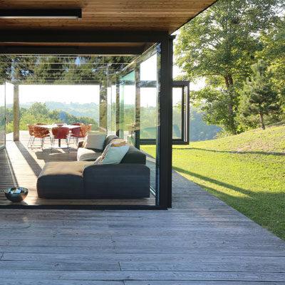 Wohnungsbau Einfamilienhaus aus Glas Holz Stahl Architekten Kleinknecht Leipzig